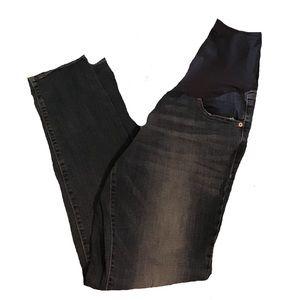 4/$25 Old Navy Skinny Maternity Jeans